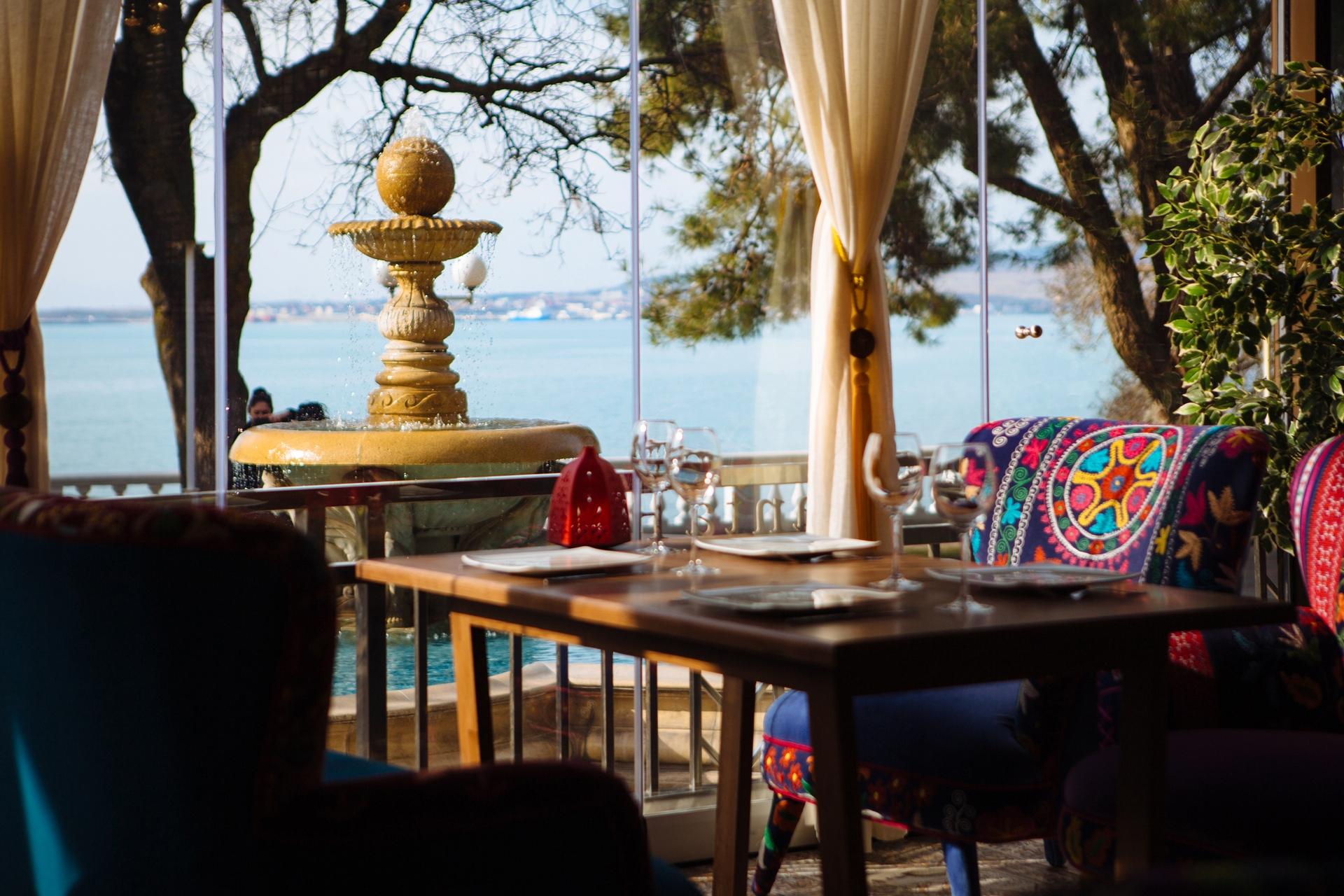 Ресторан с видом на море Геленджик